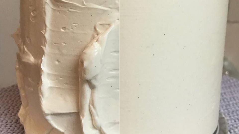 How to get smooth icing on a cake?