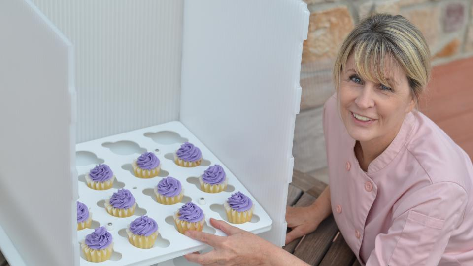 Alexis DeLuca, The Novel Baker loves her CupCakeSafe